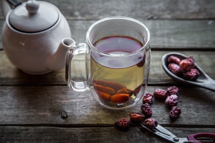 You'll Never Guess How These 3 Chinese Herbs Can Heal Your Skin + DIY Recipe for Anti-Aging, Immune Boosting Tea