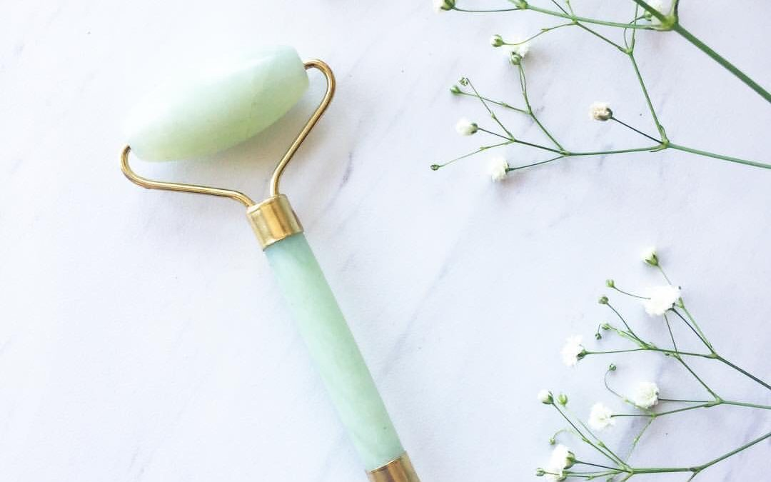 Coveteur.com | How To Use A Jade Roller